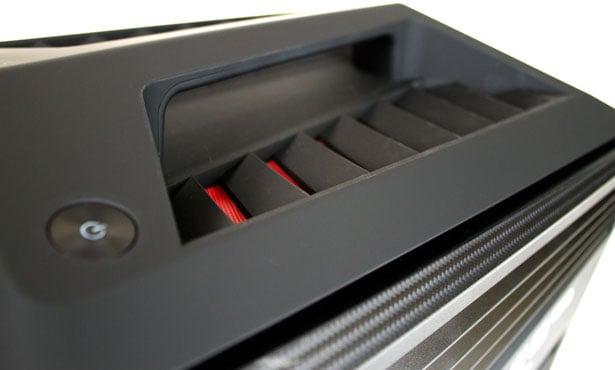 Lenovo IdeaCentre Y710 Cube 05a