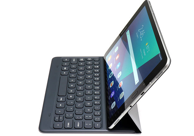 Samsung Galaxy Tab S3 with Pen side view right