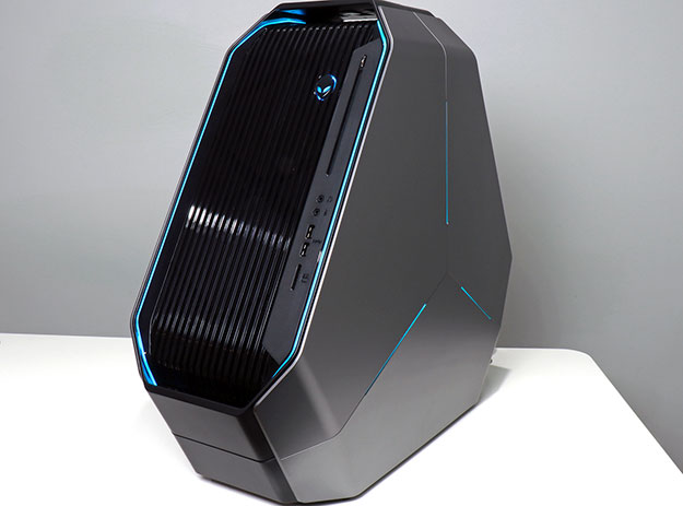 Alienware Area 51 Threadripper with blue lighting