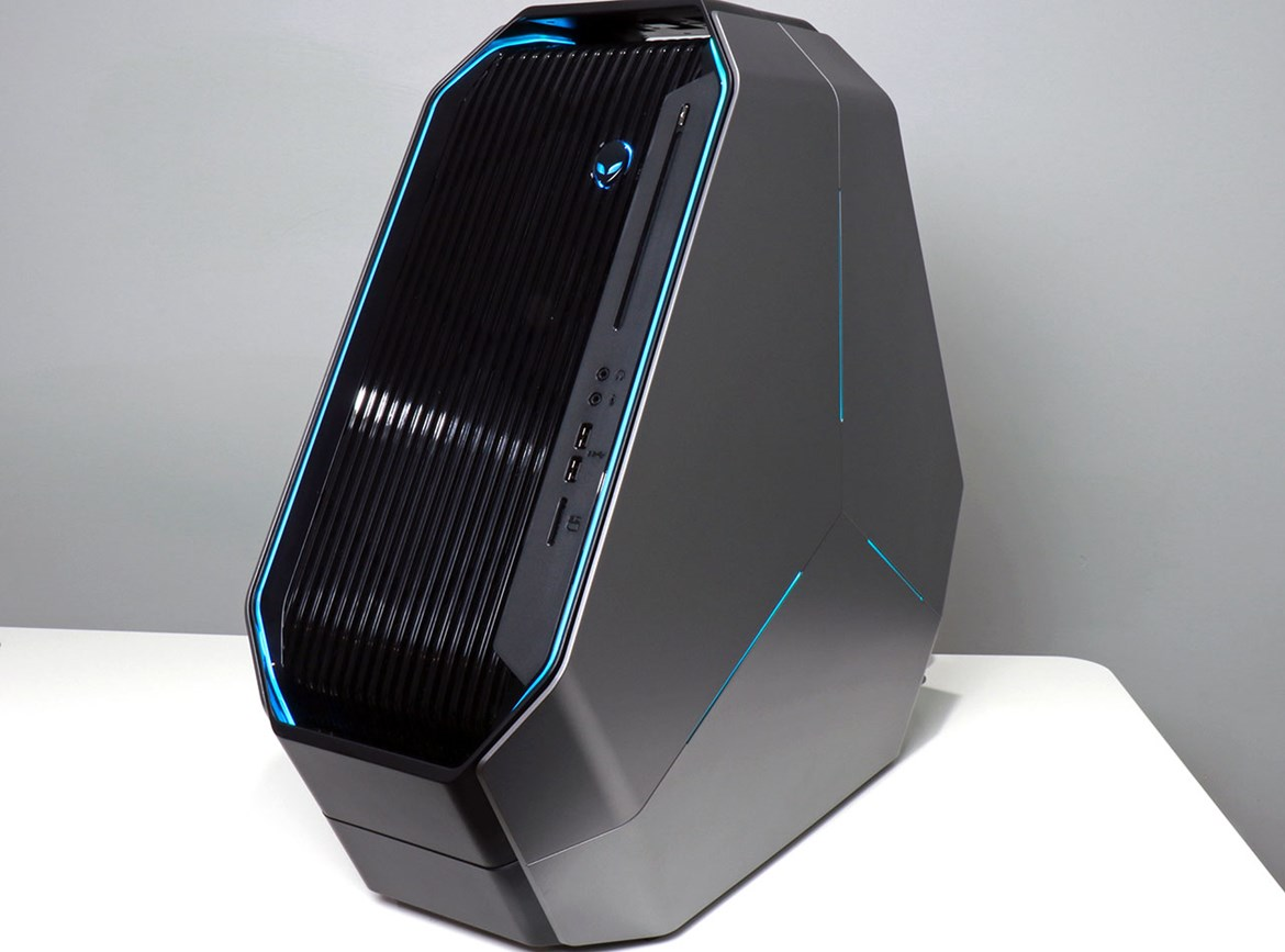 big_alienware-area-51-threadripper-with-blue-lighting.jpg