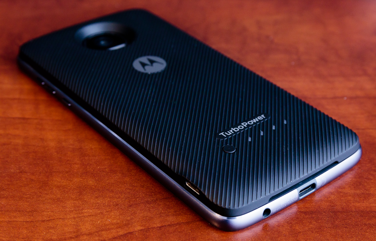 Moto Z2 Play Review: A Refined Battery Life Champion Returns
