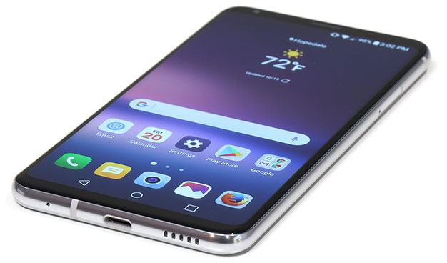 bottom edge LG V30