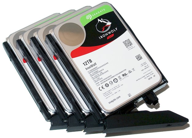 seagate 12 nas assembly 3