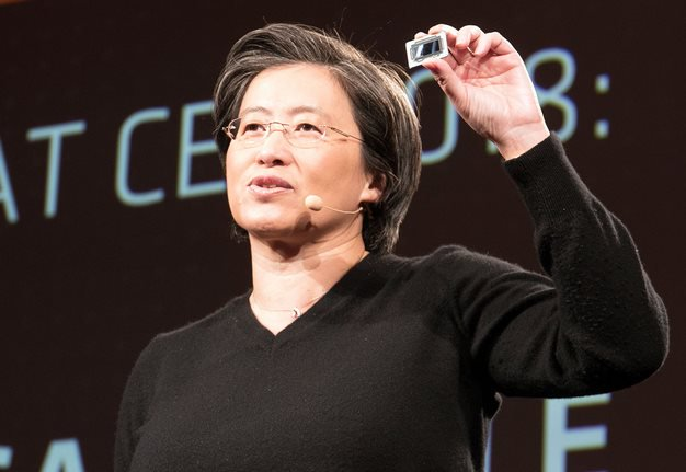 lisa su with 7nm radeon