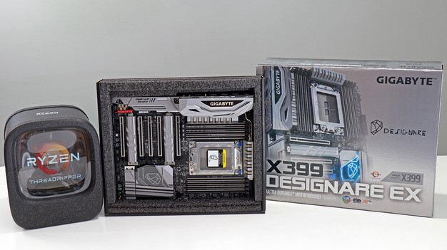 Ryzen Threadripper Gigabyte X399 Designare Motherboard boxes
