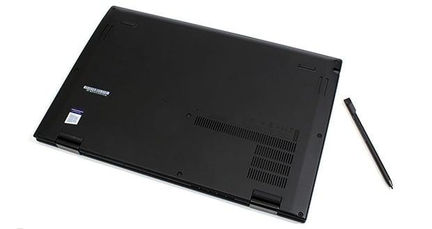 Lenovo ThinkPad X1 Yoga Gen 3 Bottom
