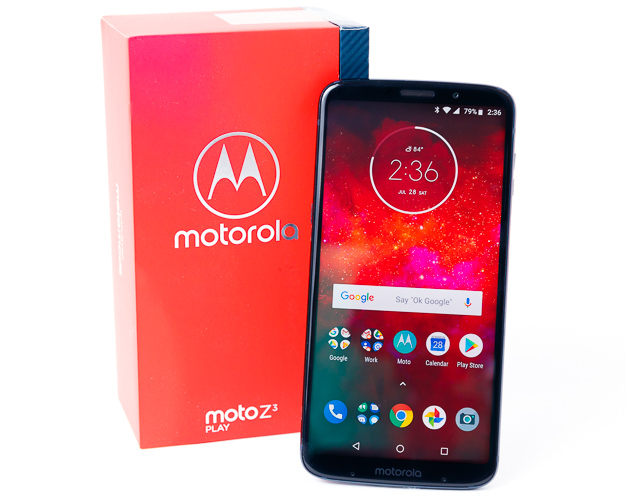 moto z3 play box