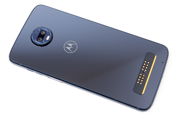 moto z3 play rear