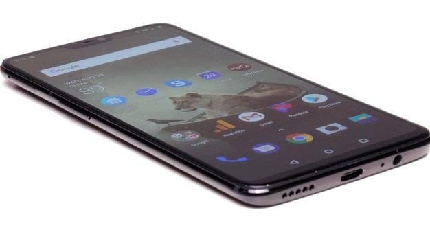 OnePlus 6 with left edge