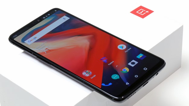 front on box oneplus 6