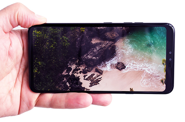 lg v40 thinq screen