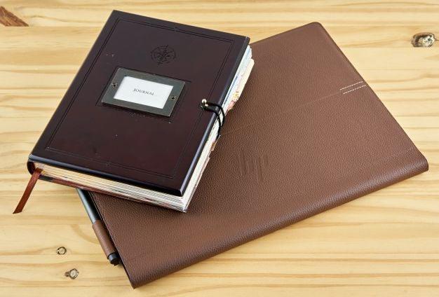 HP Spectre Folio 11