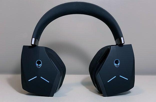 Alienware AW988 Wireless Headset Swiveled Earcups