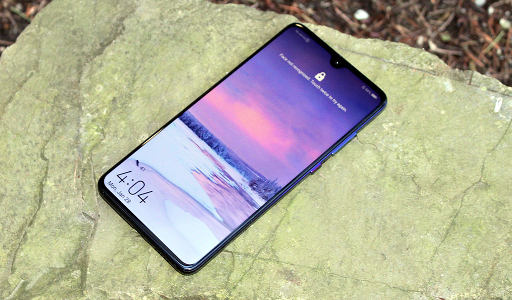 big_huawei_mate_20_display.jpg