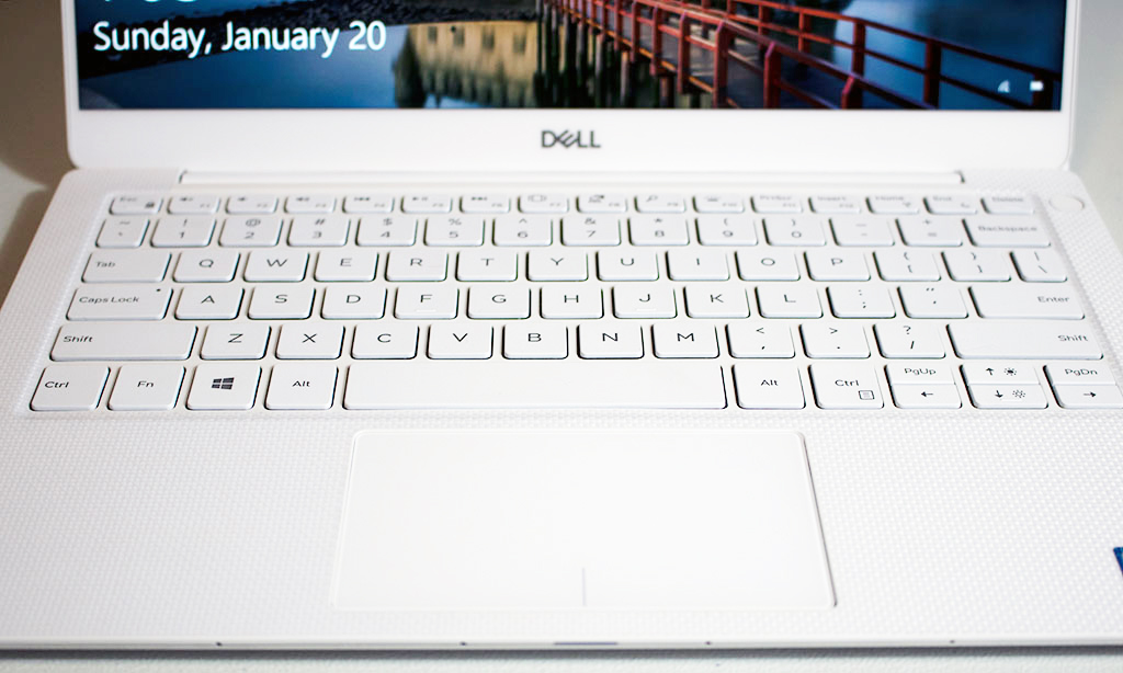 big_dell_xps_13_keyboard2.jpg