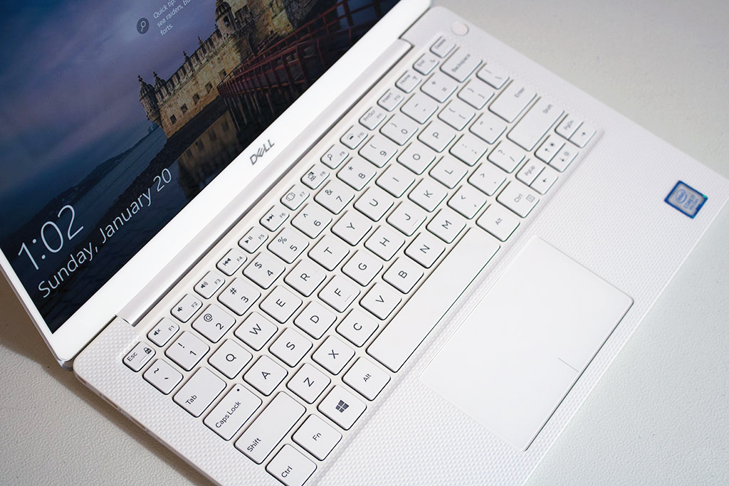 big_dell_xps_13_keyboard_top.jpg