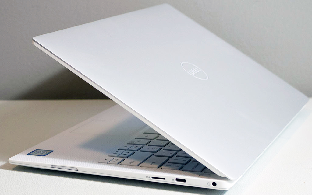 big_dell_xps_13_side_right.jpg