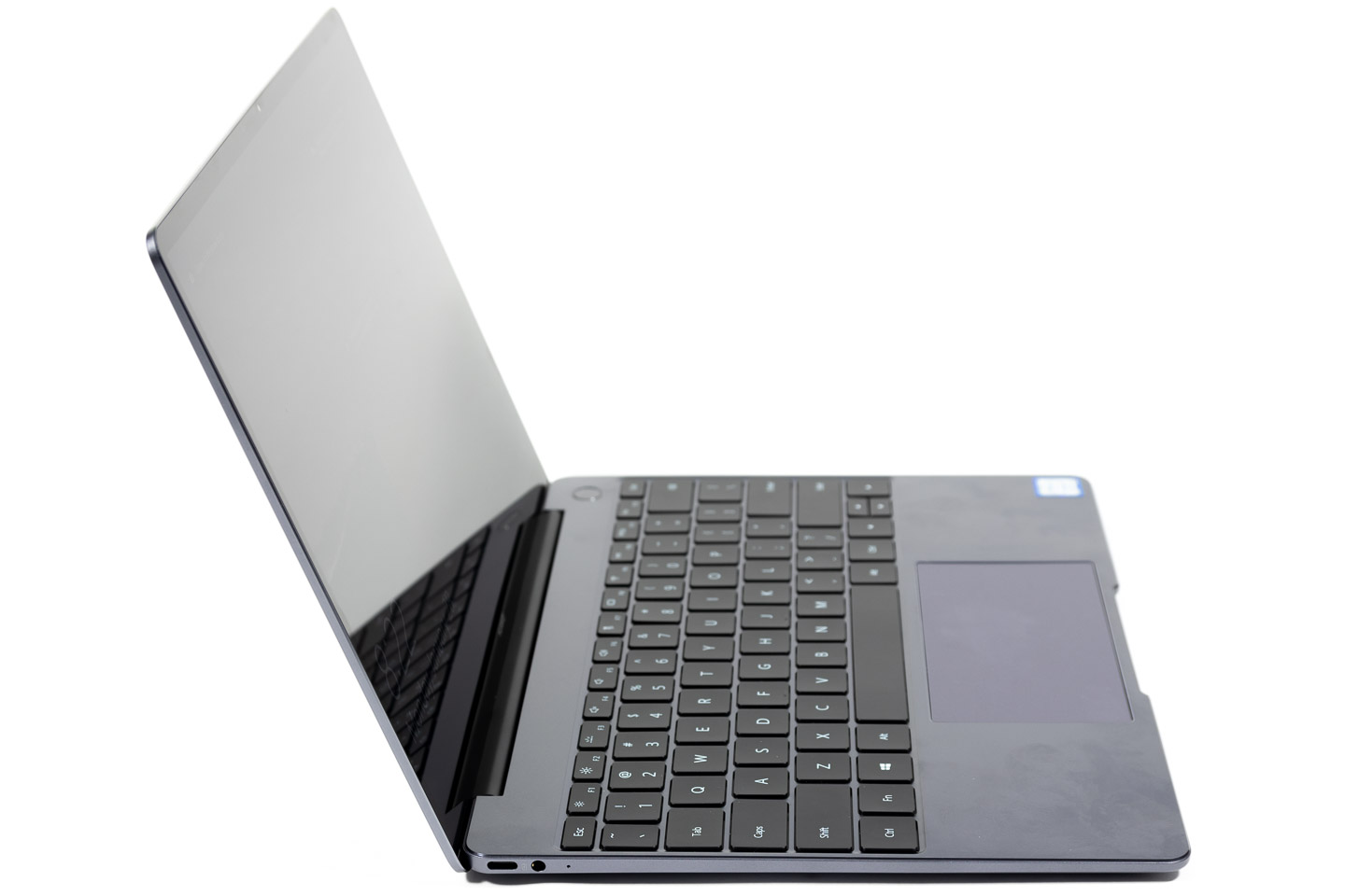 big_huawei-matebook-13-left-side.jpg