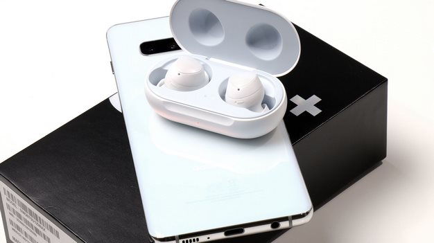 galaxy buds power share charging