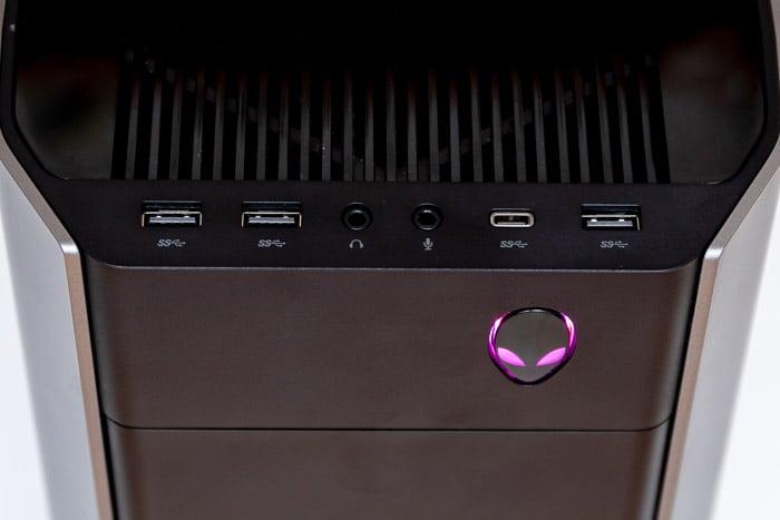 alienware aurora r8 front ports