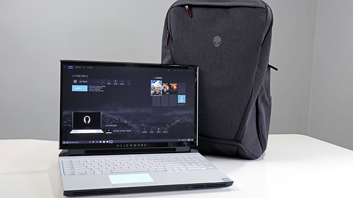 Alienware Area 51m with back pack