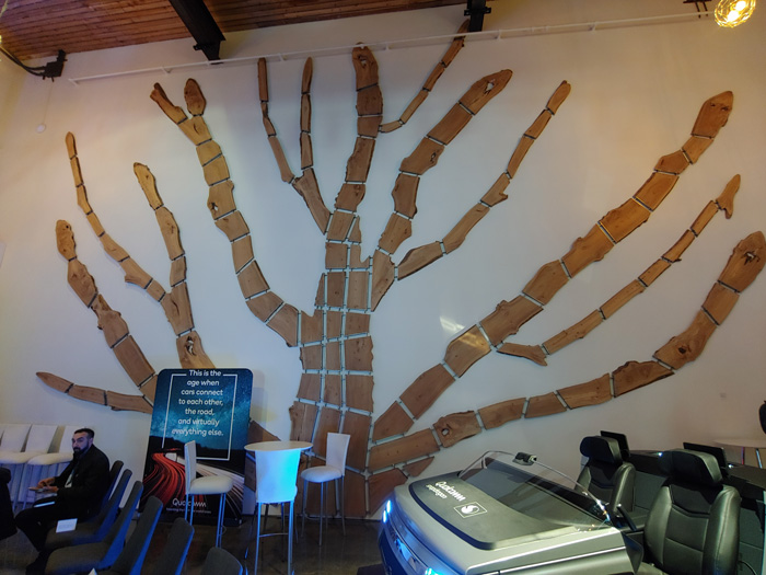 lg g8 thinq tree wide