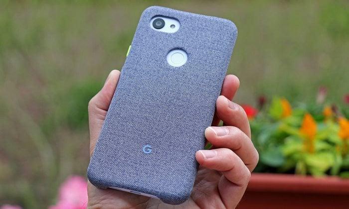 pixel 3a xl in case in hand