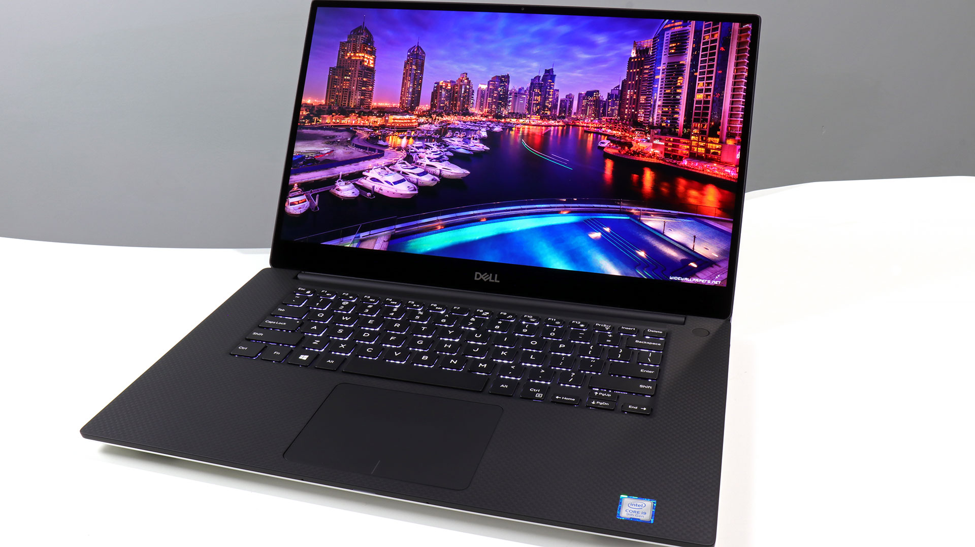 big_dell-xps-15-money-shot.jpg