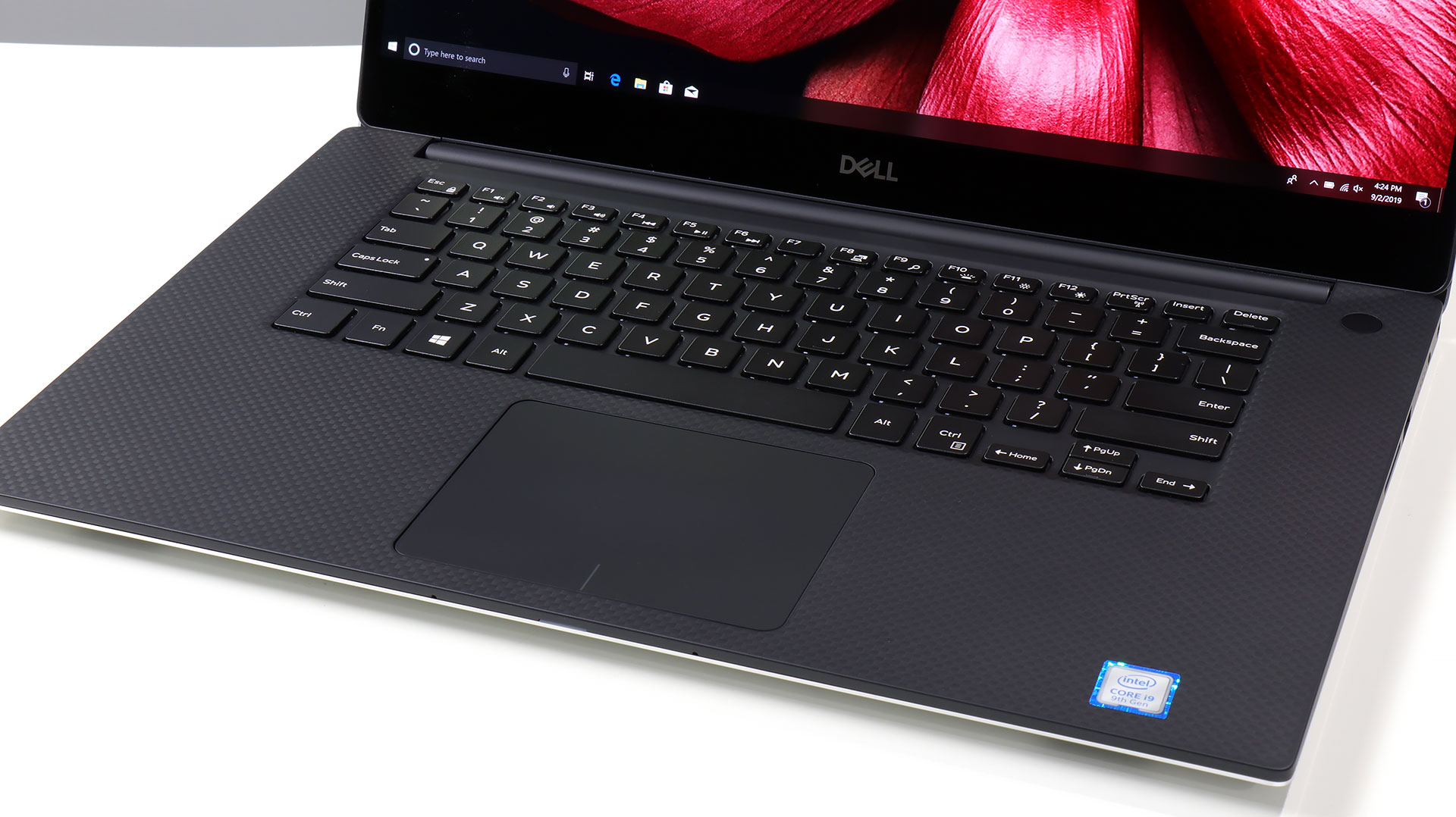 big_dell-xps-15-trackpad.jpg