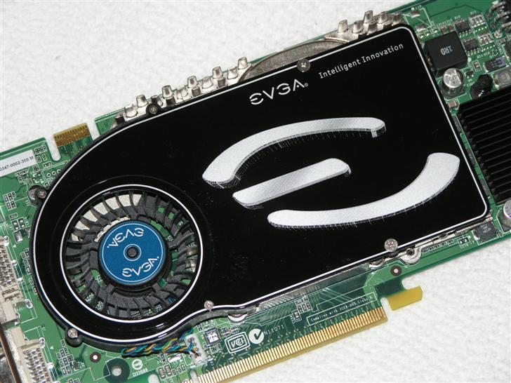 EVGA e-GeForce 7800 GTX EGS