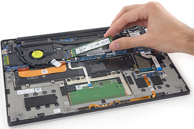 Dell XPS 13 2015 Scores Well For Repairability In Full