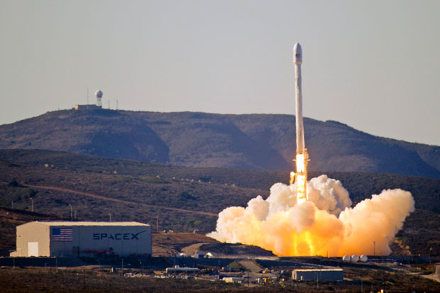 SpaceX is cleared for Air Force security projects