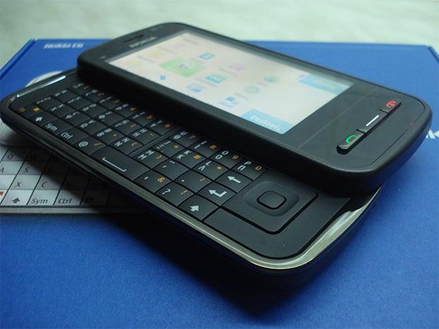 Nokia C600