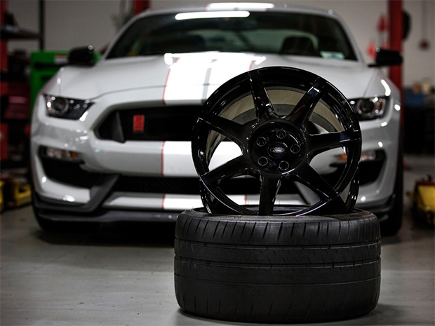 Carbon Fiber Wheels