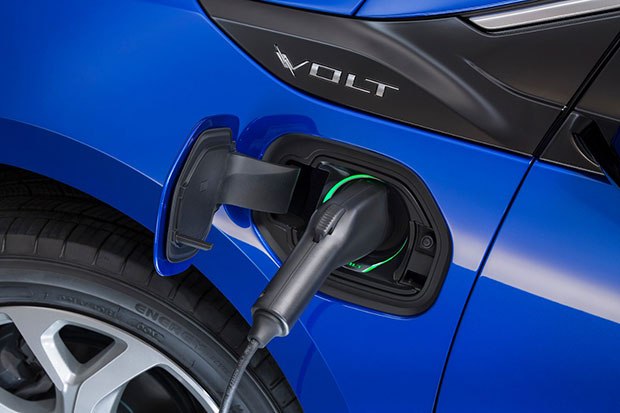 2016 Chevrolet Volt Electric Fill Up