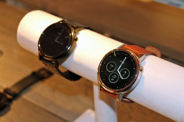 Moto 360 Mens Watch2