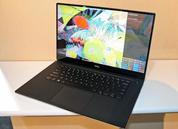 Dell XPS 15 Right Angled