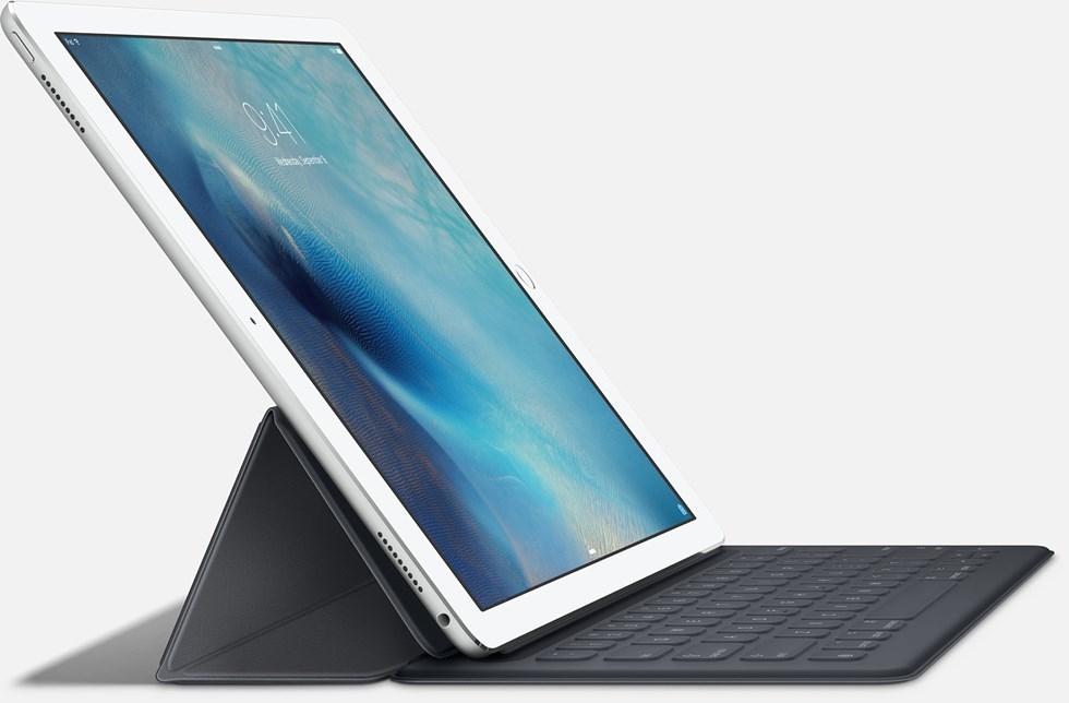 Apple's Tim Cook Sees No Future For 'Compromised' MacBook, iPad Hybrid