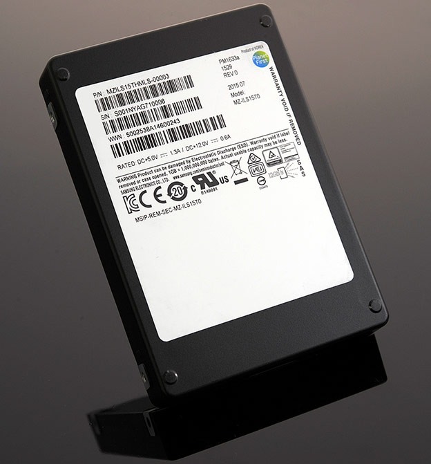 Samsung PM1633a 15.36TB SAS SSD