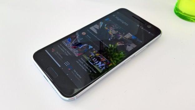 htc 10 smartphone 1