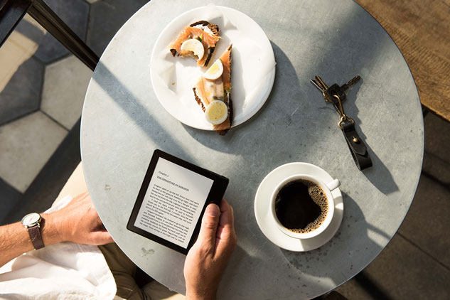 kindle oasis cafe