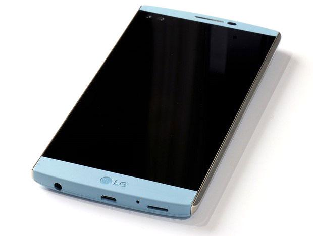 LG V10 front1