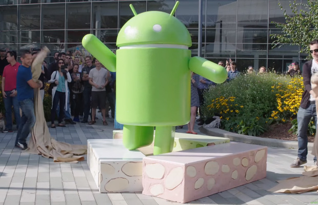Android 7 Nougat Statue