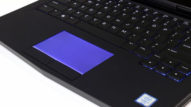Alienware 13 trackpad lit