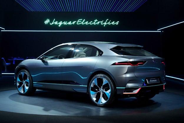 Jaguar I PACE Concept 005