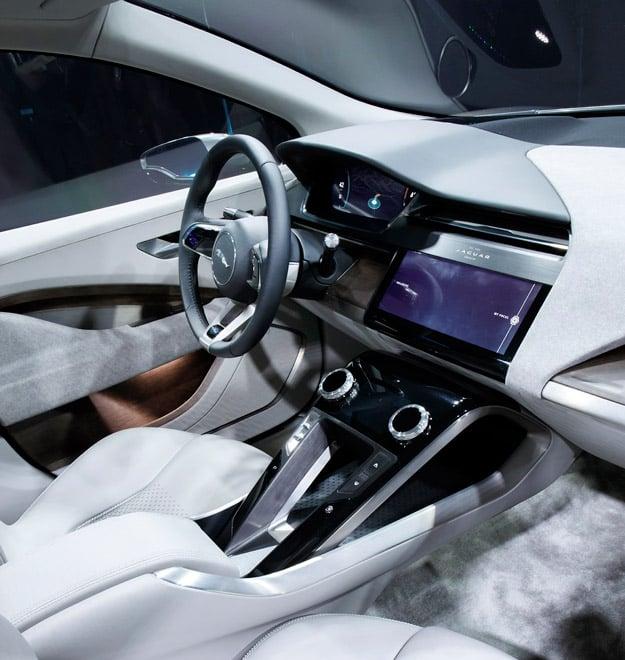Jaguar I PACE Concept 022