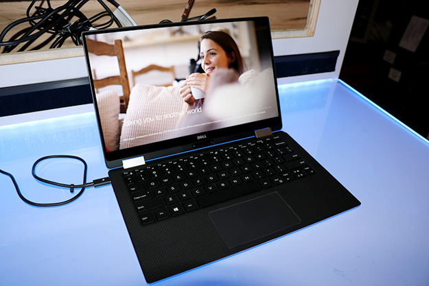 dell xps 13 2 in 1 left edge