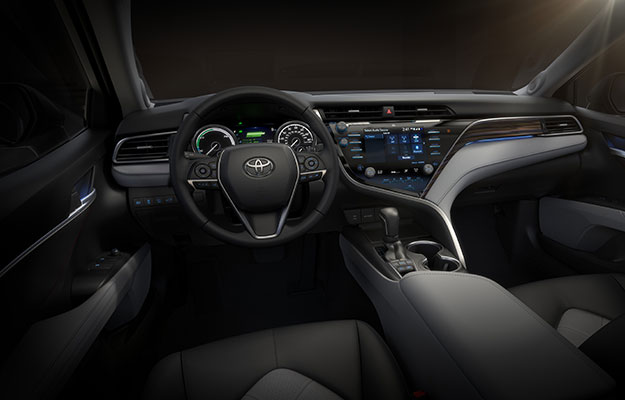 2018 toyoa camry driver