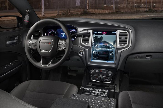 2017 Dodge Charger Pursuit Interior