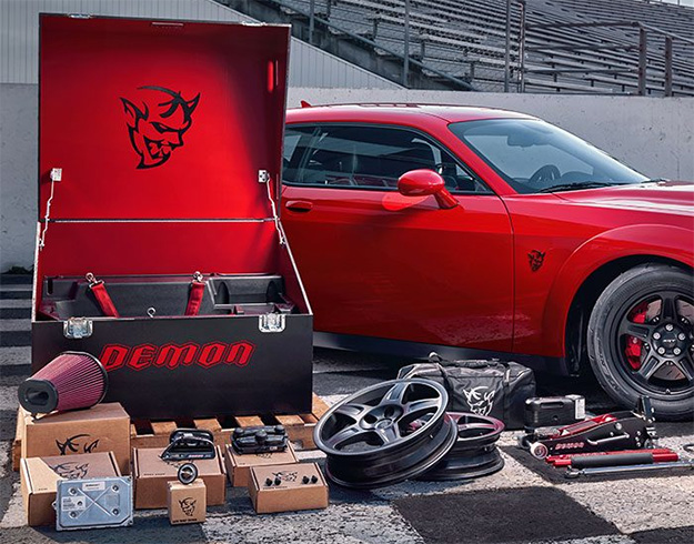 Dodge Challenger SRT Demon Crate
